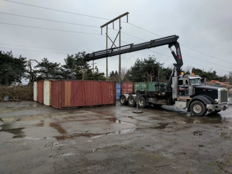 Photo Credit: Mohan V. | Moving Containers
