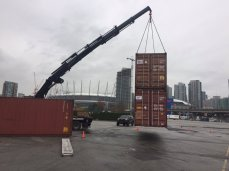 Moving two container at once! 1/4